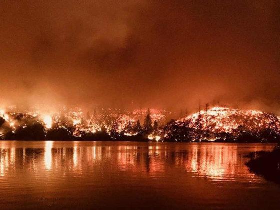 Großfeuer in Kalifornien