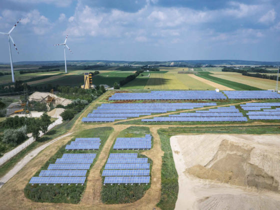 Visualisierung der künftigen Photovoltaikanlage errichtet vom OMV und VERBUND oberhalb Wiens in Niederösterreich
