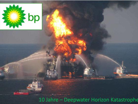 Brennende Ölplattform von BP Deepwater Horizon im Golf von Mexiko, 2010