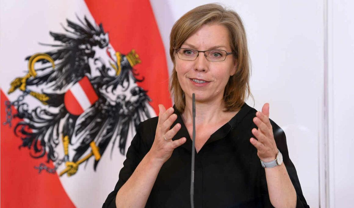 Klimapolitik - Oesterreichs Bundesministerin Gewessler von den Grünen